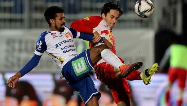 Albert Vallci (re.) wusste beim 3:0-Sieg über Hartberg zu gefallen (Bild: GEPA pictures/ Hans Oberlaender)