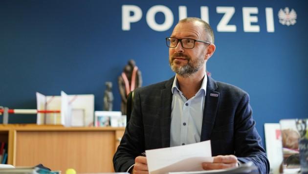 Andreas Pilsl ist seit mehr als acht Jahren Landespolizeidirektor in Oberösterreich und damit Chef von 4000 Polizisten. (Bild: Markus Wenzel)