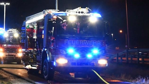Junge Zündler hielten die Feuerwehren auf Trab (Symbolfoto). (Bild: P. Huber)