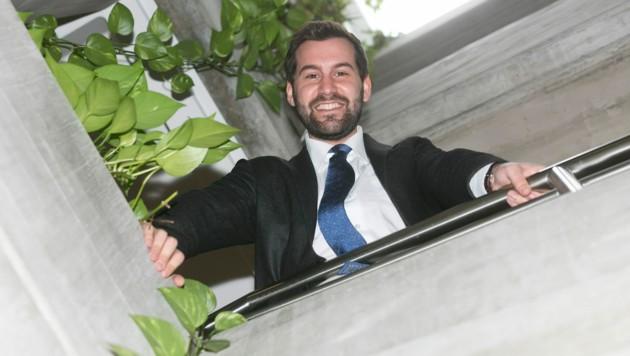 Bürgermeister Simon Tschann will die neuen Aufgaben mit voller Energie angehen. (Bild: Mathis Fotografie)