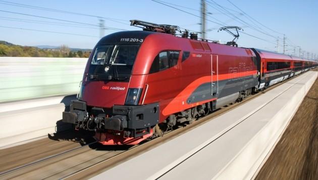Züge treiben Keil zwischen Bund, Bahn und Salzburg