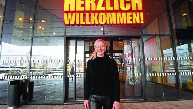 Eli Schlemmer vom Einkaufszentrum in LIezen hieß die Kunden herzlich willkommen (Bild: © Elmar Gubisch)