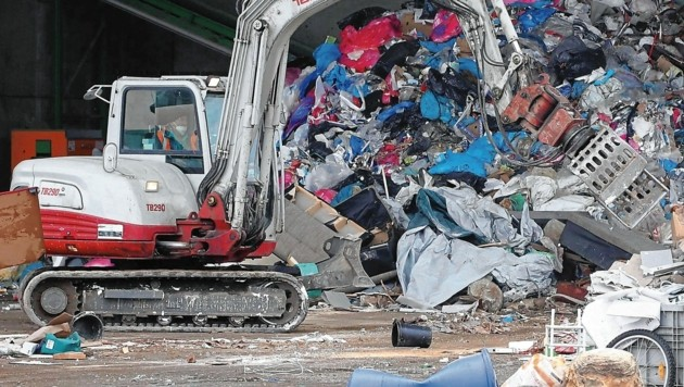 Unglaubliche 80 Tonnen Müll kommen derzeit in der Stadt Klagenfurt jeden Tag zusammen. (Bild: Rojsek-Wiedergut Uta)
