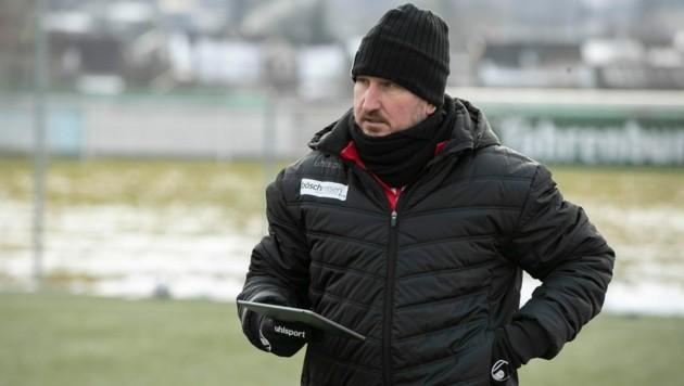Alexander Kiene startet mit seinen Lustenauern heute beim FC Liefering in die Frühjahrssaison. (Bild: Maurice Shourot)