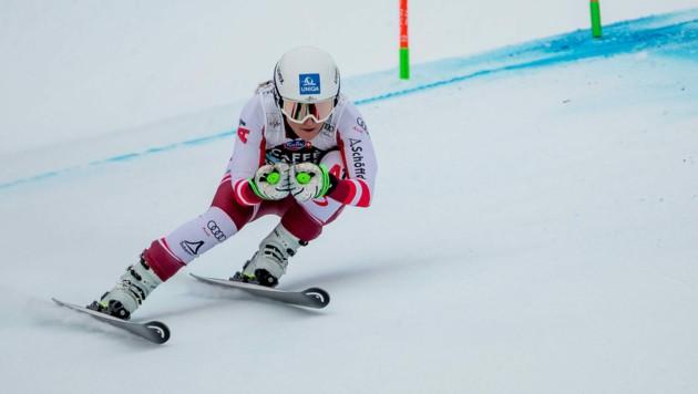 Vanessa Nußbaumer hat für die kommende Weltcupsaison einen Fixplatz in der Abfahrt - und ist ab sofort Heeressportlerin. (Bild: EXPA Pictures)