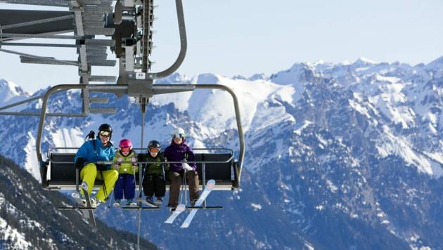 Die Hotels bleiben zu, lediglich die Seilbahnbetreiber machen etwas Umsatz mit heimischen Skifahrern. (Bild: Dietmar Walser/Alpenregion Bludenz Tourismus)