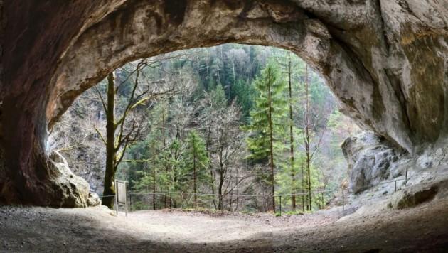 Die Tischoferhöhle liegt im Kaisertal zwischen Kufstein und Ebbs. (Bild: Peter Hofmann)