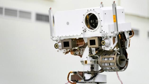 """Die mit der Stereokamera """"Mastcam-Z"""" (graue viereckige Kästen, Anm.) eingefangenen Bilder und deren Bilddaten sollen einen dreidimensionalen Eindruck der Marsoberfläche vermitteln. (Bild: NASA/JPL-Caltech)"""