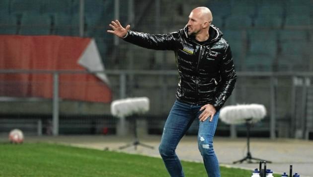 Christian Ilzer heizt vorm WAC-Spiel die Trainingsintensität an. (Bild: Pail Sepp)