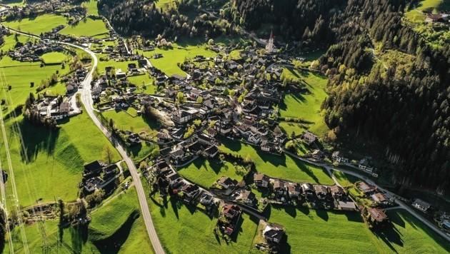 Der Hauptort der Gemeinde Stall im Mölltal. Er hat eine etwa tausendjährige Geschichte. (Bild: © Peter Maier)
