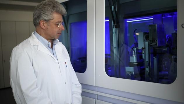 Im Labor von Georg Mustafa wurde die Corona-Probe schon am 17. Februar untersucht (Bild: Tröster Andreas)