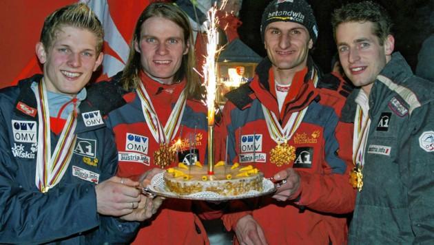 Thomas Morgenstern, Andreas Widhölzl, Martin Höllwarth und Wolfgang Loitzl (v. li.) holten bei der WM 2005 in Oberstdorf gleich zweimal Team-Gold. (Bild: Doris Hoefler)