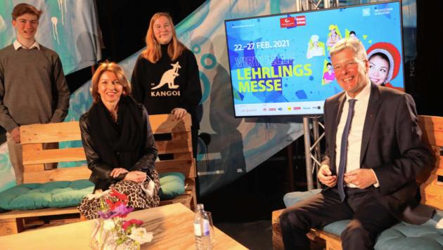 LH Peter Kaiser und LH-Stv. Gaby Schaunig zu Besuch bei der Lehrlingsmesse. (Bild: Dorian Wiedergut)