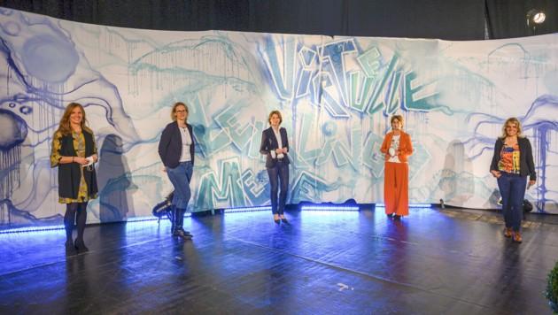 Organisatorin Ilse Grabner von den Kärntner Messen sprach mit den vier Powerfrauen. (Bild: Kärntner Messen/Hude)