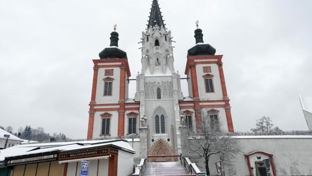 Die Basilika Mariazell zieht jedes Jahr Tausende Pilger aus aller Welt an. (Bild: Sepp Pail)