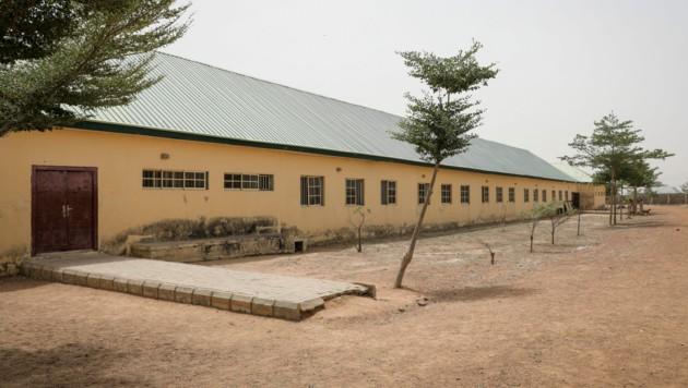 Die Government Girls Junior Secondary School (Bild: AP Photo/Ibrahim Mansur)
