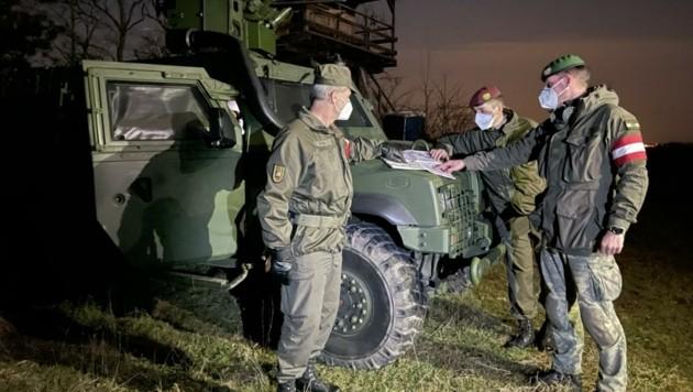 Die Kooperation zwischen dem Bundesheer und der Polizei funktioniert ausgezeichnet – rasche Unterstützung aus der Luft inbegriffen. (Bild: Schulter Christian)