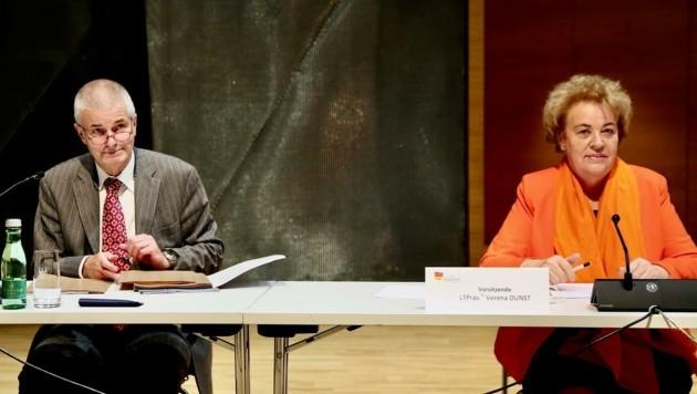 Verfahrensrichter und Vorsitzende erstellen nun ihre Berichte (Bild: Grammer Karl)