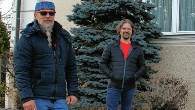 Mit Produzent Charly Raneg (rechts) wagt Thomas Forstner einen neuen Versuch mit der Musik. (Bild: Karamedia)