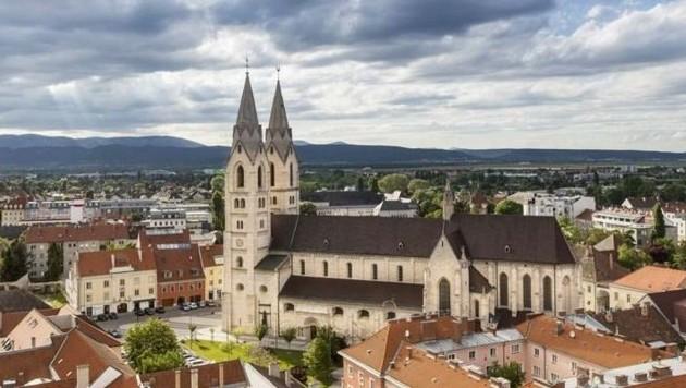 Bleibt der Wert über 400, drohen in Wiener Neustadt Ausreisetestungen. (Bild: Franz Zwickl)