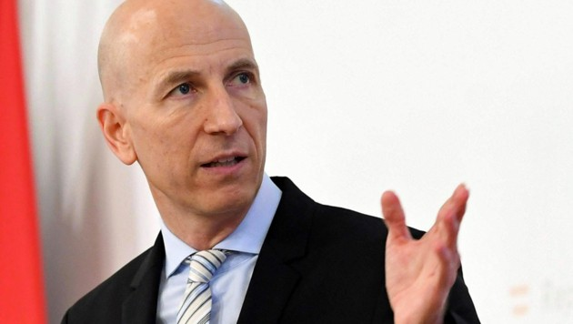 Arbeitsminister Martin Kocher (Bild: APA/HELMUT FOHRINGER)