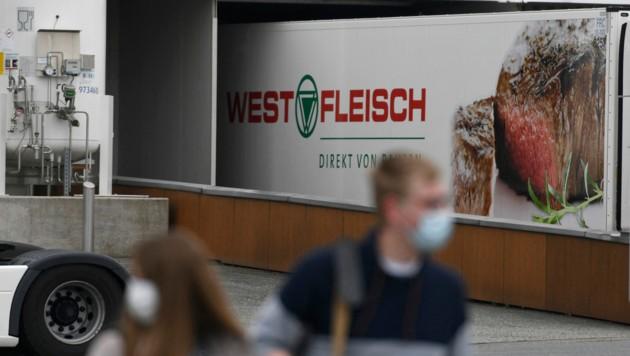 Im Fleischereibetrieb Westfleisch hat sich ein Corona-Cluster gebildet. (Bild: AFP/Ina FASSBENDER)