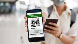 Digitales EU-Impfzertifikat (Bild: stock.adobe.com)