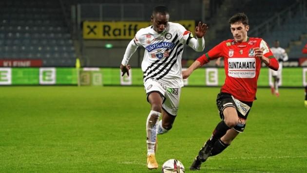 Kelvin Yeboah (l.) hofft gegen seinen Ex-Klub auf sein erstes Tor für Sturm. (Bild: Sepp Pail)