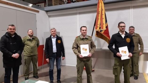 Der am längsten dienende Kommandant im Land, Robert Stadler aus Kommandoübergabe in Oberpullendorf. (Bild: BFKO Oberpullendorf)