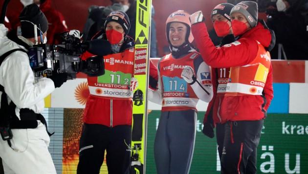 Jan Hörl, Stefan Kraft, Philipp Aschenwald und Daniel Huber (von li. nach re.) (Bild: AP)