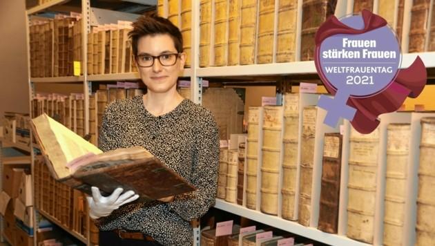 Veronika Polloczek hat eine Leidenschaft für Geschichte, Sprachen und Schriften - und Neugierde. (Bild: Uta Rojsek-Wiedergut)
