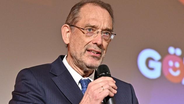 Es wird eine rasche Entscheidung von Bildungsminister Heinz Faßmann (ÖVP) erwartet, was weitere Reformen der Matura betrifft. (Bild: APA/HANS PUNZ)