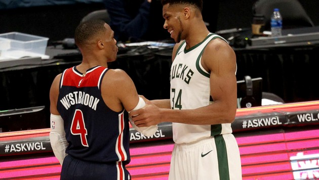 Russell Westbrook (li.), Giannis Antetokounmpo (Bild: APA/Getty Images via AFP/GETTY IMAGES/Rob Carr)