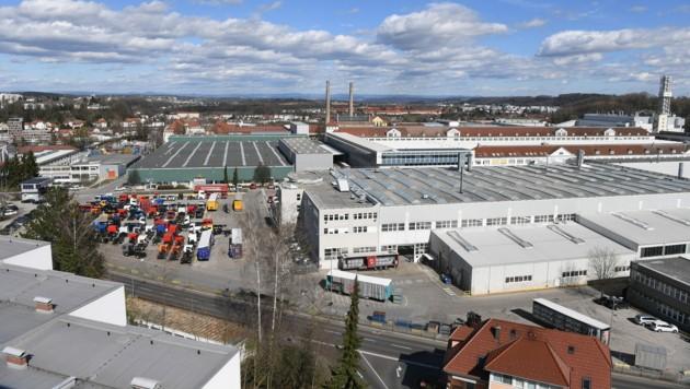 Luftaufnahme des Standortes des Lkw- und Bus-Herstellers MAN in Steyr (Bild: APA/FOTOKERSCHI.AT/Werner Kerschbaum)