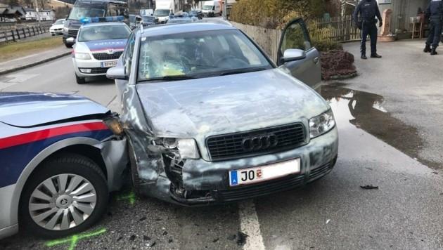 Nur durch einen Crash mit einem Polizeiauto war der 27-Jährige zu stoppen (Bild: Polizei Salzburg)