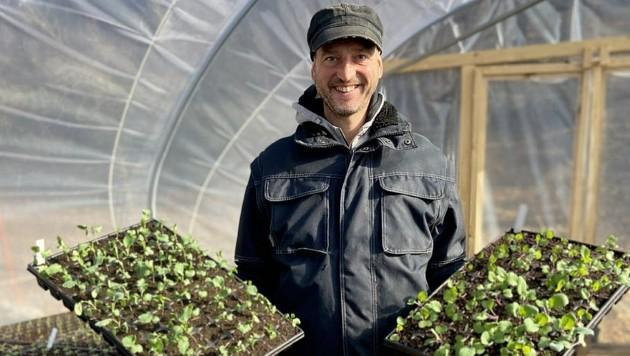Vom Verkaufsberater zum erfolgreichen Gemüsebauern. Andreas Nussbaumer hat sich seinen Traum von der Bio-Landwirtschaft erfüllt und die Krise für einen beruflichen Umstieg genutzt. (Bild: Andreas Nussbaumer)