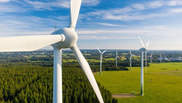Windräder haben nicht nur Befürworter (Bild: stock.adobe.com)