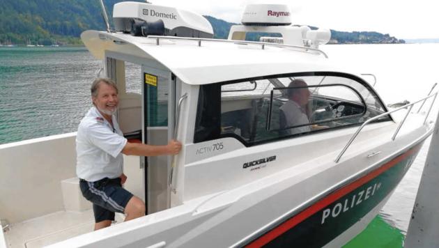 Prenter auf Streife im Polizei-Motorboot. (Bild: Polizei Pörtschach)