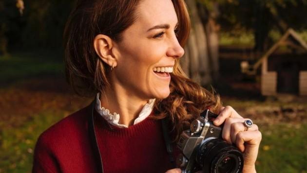 Herzogin Kate macht mit einem tollen Schnappschuss Werbung für ihren ersten Bildband. (Bild: instagram.com/kensingtonroyal)