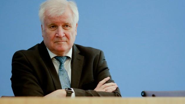 Deutschlands Innenminister Horst Seehofer (Bild: AFP)