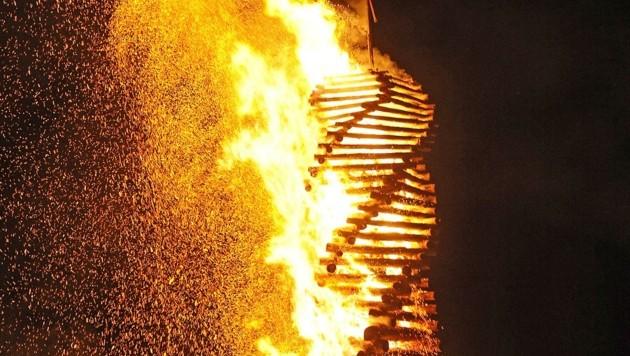 Das traditionelle Osterfeuer birgt auch große Gefahren. (Bild: Holitzky Roland)