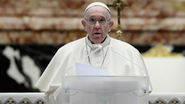 "Papst Franziskus beim Ostersegen ""Urbi et Orbi"" (Bild: AFP)"