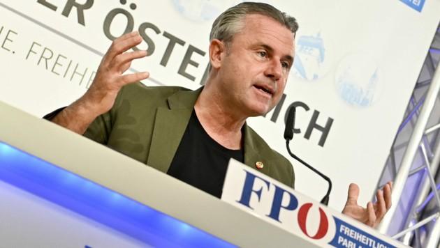Ex-FPÖ-Chef Norbert Hofer (Bild: APA/HERBERT NEUBAUER)