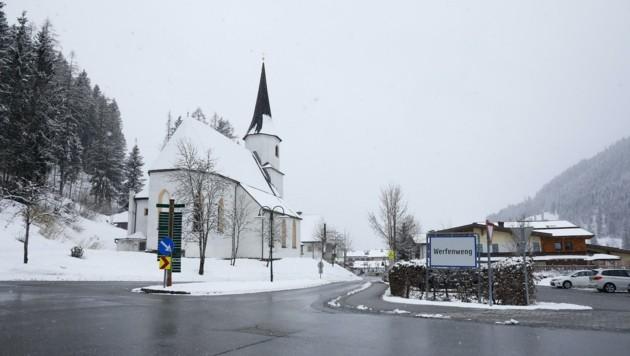Zwei Hotels, eine Tiefgarage und zehn Chalets sollen in der Pongauer Gemeinde entstehen. (Bild: Gerhard Schiel)