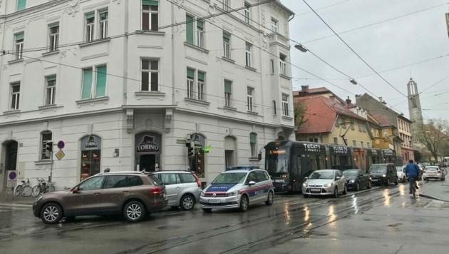 Unfall in der Münzgrabenstraße (Bild: Hannah Michaeler)