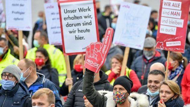 Der Streikbeschluss, der vor der Protestkundgebung im Herbst getroffen wurde, ist gültig. (Bild: Harald Dostal)