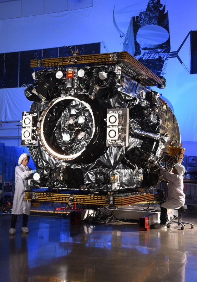 Das Robo-Raumschiff MEV-2 für die Satellitenwartung vor dem Start (Bild: Northrop Grumman)