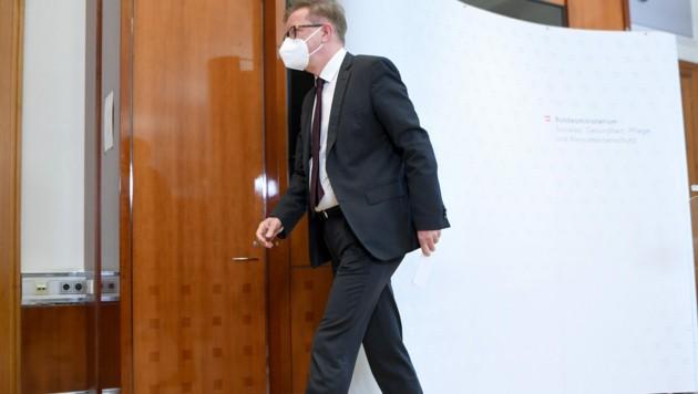 Am Dienstag gab Gesundheitsminister Rudolf Anschober (Grüne) seinen Abgang vom politischen Parkett bekannt. (Bild: APA/ROLAND SCHLAGER)