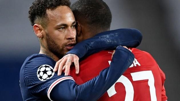 Neymar (li) und David Alaba (Bild: twitter.com/FootballFunnnys)