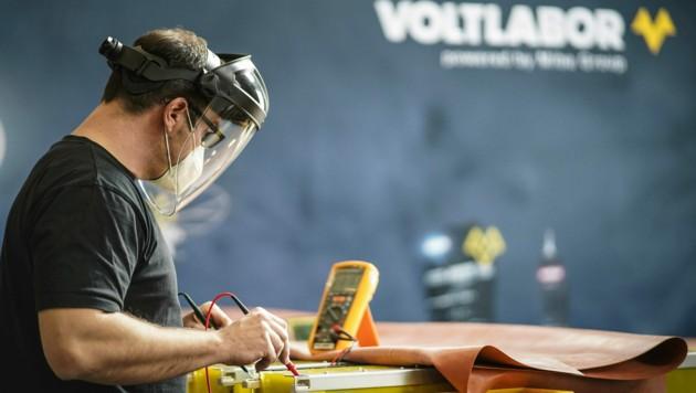 Das von Johannes Kaar, Martin Reingruber und Edmund Jenner-Braunschmied gegründete Voltlabor ist auch Teil der 2,9 Milliarden Euro schweren europäischen Batterie-Initiative. (Bild: Markus Wenzel)